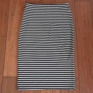 Forever 21 striped pencil skirt sz S